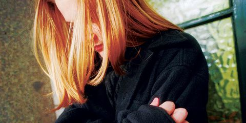 Red hair, Jacket, Street fashion, Blond, Long hair, Brown hair, Nail, Hair coloring, Hood, Woolen,