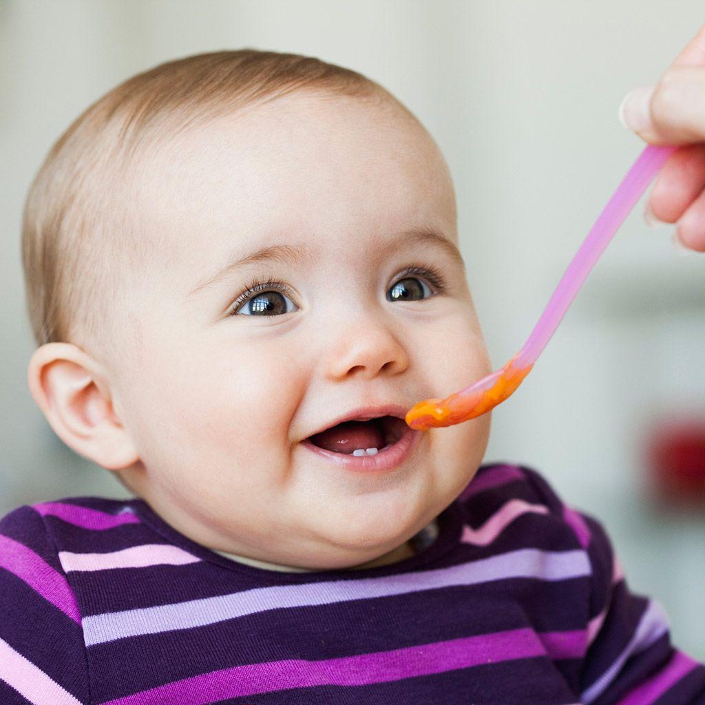 que alimentos puedo darle a un bebe de 6 meses