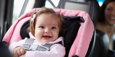 5558f4ca5 Coche, tren, bus o avión: ¿cuál es mejor para el bebé?