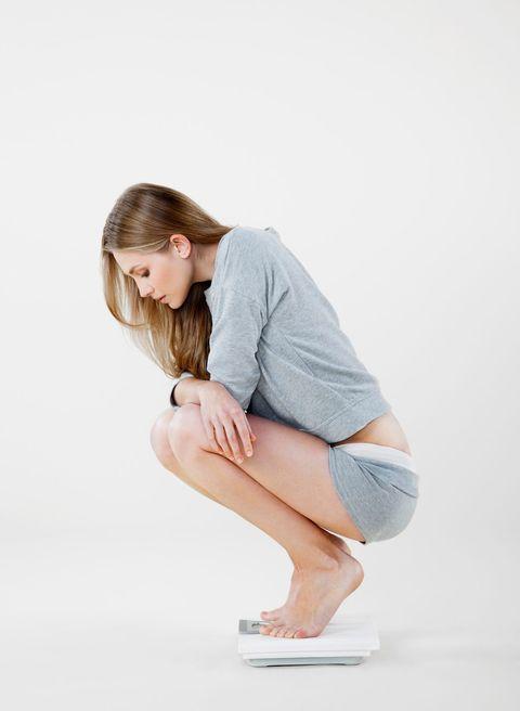 White, Sitting, Beauty, Skin, Shoulder, Leg, Joint, Knee, Pink, Fashion,