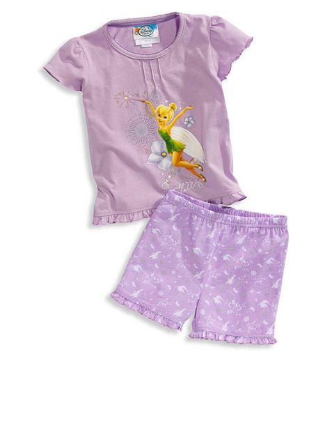 dfb24a2852c5 Pijama en color lila, con dibujo de Campanilla. Ideal para niñas muy  coquetas. Cuesta aproximadamente 10 €.