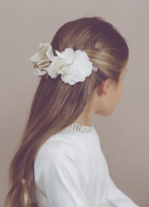 45 Ideas De Peinados Para Su Primera Comunion - Peinados-nias-comunin