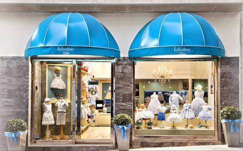 472f5fed3 Tienda multimarca de lujo en Madrid (Don Ramón de la Cruz 5) que además de  contar con diseños como Moncler también tiene su propia etiqueta