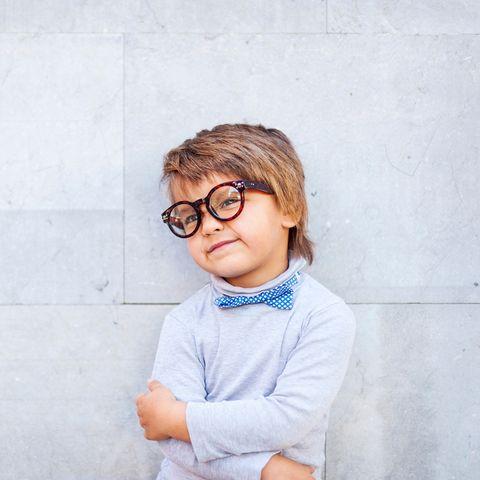 2b74fef2b9 ¿Crees que el niño necesita gafas?