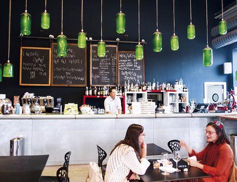 Pasos Para Montar Tu Bar O Cafeteria
