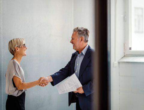 10 Formas De Felicitar A Un Empleado Por Un Trabajo Bien Hecho
