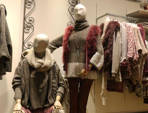 """3bb53ceaf894 Se trata de una franquicia de moda con sede en Barcelona que aseguran  marcar """"tendencias con prendas y complementos inspirados en el casual look""""."""