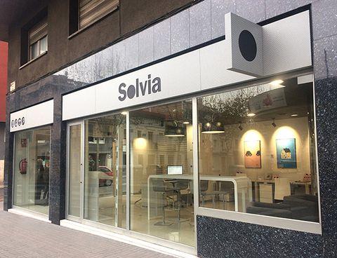 c7fb1db9b0 Solvia ha inaugurado establecimiento en Barcelona, ubicada en la calle  Ronda Universitat, 16. Con esta apertura, la compañía refuerza su proyecto  de ...
