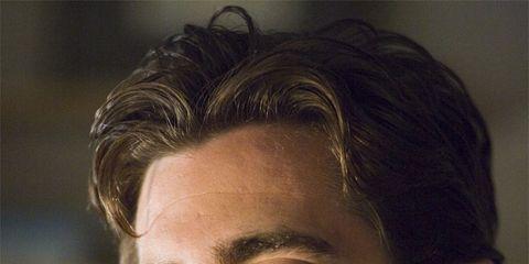 Lip, Cheek, Hairstyle, Skin, Chin, Forehead, Collar, Shoulder, Eyebrow, Facial hair,