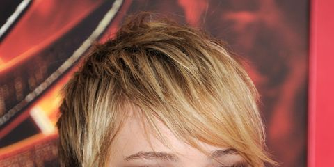 Lip, Mouth, Hairstyle, Chin, Eyebrow, Eyelash, Style, Eye liner, Beauty, Earrings,