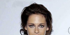 Clothing, Ear, Hairstyle, Dress, Eye, Sleeve, Shoulder, Eyebrow, Joint, Eyelash,