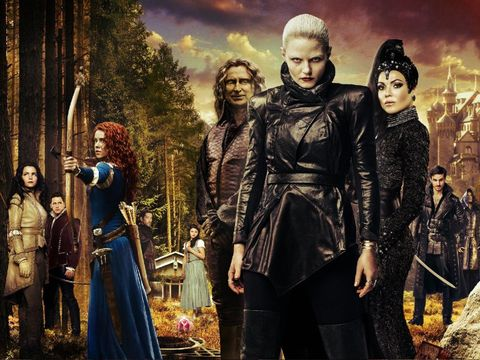Costume, Fictional character, Leather jacket, Leather, Acting, Costume design, Scene, Animation, Middle ages, Victorian fashion,