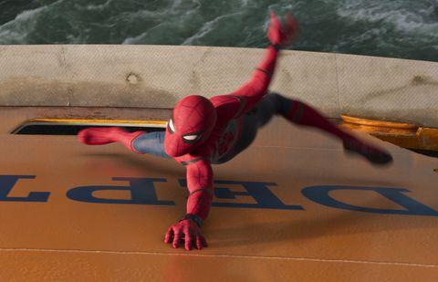 Spider-man, Carmine, Fictional character, Superhero, Toy, Balance, Hip, Kneeling, Ankle,