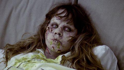 Nose, Mouth, Cheek, Skin, Eye, Zombie, Organ, Scar, Fictional character, Disfigurement,