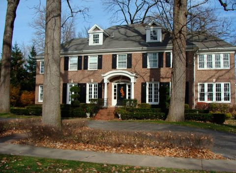 Home, Property, House, Estate, Building, Mansion, Real estate, Residential area, Historic house, Manor house,