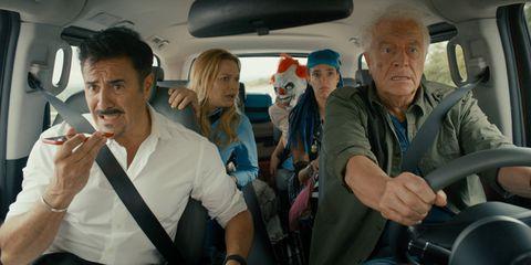 Passenger, Family car, Fictional character, Seat belt,