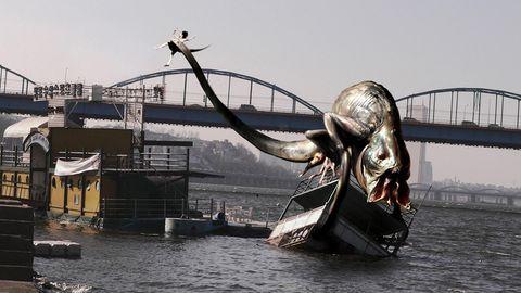 Water, Statue, Sculpture, Waterway, Art, Vehicle,