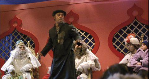 Human, Fur, Sculpture, Acting, Scene,