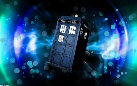 Blue, Majorelle blue, Light, Colorfulness, Darkness, Electric blue, Space, Cobalt blue, Gadget, Machine,