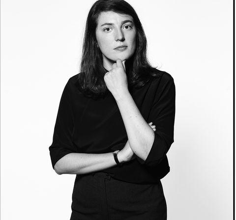 Black, Black-and-white, Beauty, Arm, Photo shoot, Standing, Photography, Gesture, Shoulder, Portrait,