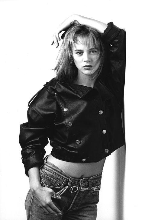 Black, Clothing, Beauty, Photo shoot, Fashion, Model, Black-and-white, Photography, Outerwear, Jacket,