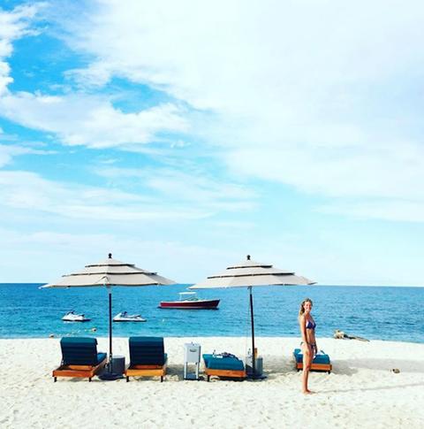 Body of water, Sky, Beach, People on beach, Sea, Blue, Vacation, Ocean, Sun tanning, Summer,