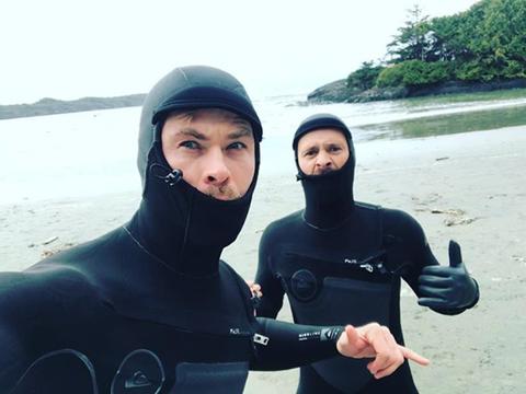 Wetsuit, Dry suit, Personal protective equipment, Diving equipment, Selfie, Recreation, Scuba diving, Photography, Smile, Vacation,