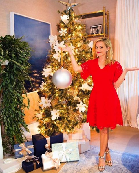 Christmas tree, Christmas decoration, Christmas ornament, Christmas, Tree, Shoulder, Room, Christmas eve, Interior design, Floral design,