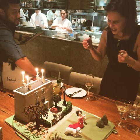 Lighting, Birthday candle, Ingredient, Cake, Dessert, Drinkware, Sweetness, Barware, Tableware, Customer,