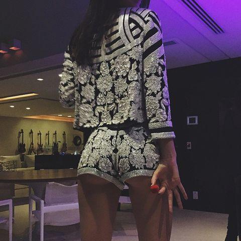 Purple, Magenta, Fashion, Violet, Thigh, Waist, Lace, Hip, Fashion design, Embellishment,