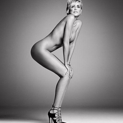 Human leg, Shoulder, Elbow, High heels, Joint, Style, Knee, Sandal, Calf, Thigh,