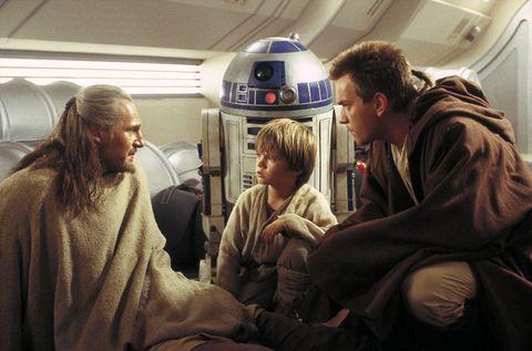 R2-d2, Fictional character, Air travel, Obi-wan kenobi, Luke skywalker, Passenger, Airline,
