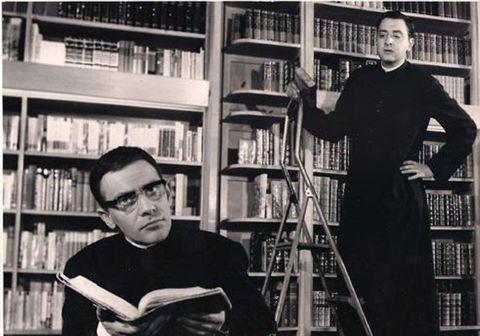 Glasses, Shelf, Bookcase, Publication, Shelving, Photograph, Furniture, Library, Book, Ladder,