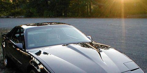 Automotive design, Vehicle, Automotive exterior, Land vehicle, Hood, Car, Rim, Alloy wheel, Performance car, Fender,