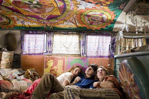 Comfort, Interior design, Room, Purple, Bed, Linens, Bedding, Bedroom, Visual arts, Bed sheet,
