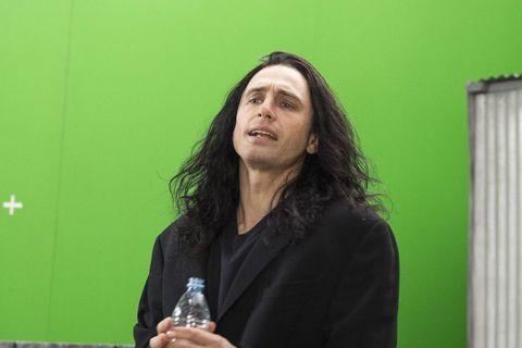 Green, Speech, Public speaking, Technology, Microphone, Electronic device, Spokesperson, Long hair,