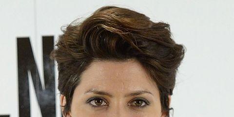 Ear, Lip, Smile, Hairstyle, Chin, Forehead, Shoulder, Eyebrow, Eyelash, Style,