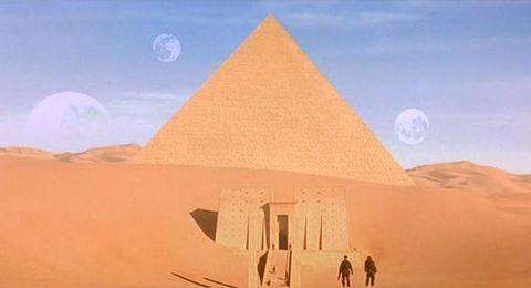Nature, Sand, Natural environment, Atmosphere, Landscape, Photograph, Astronomical object, Aeolian landform, Dune, Desert,