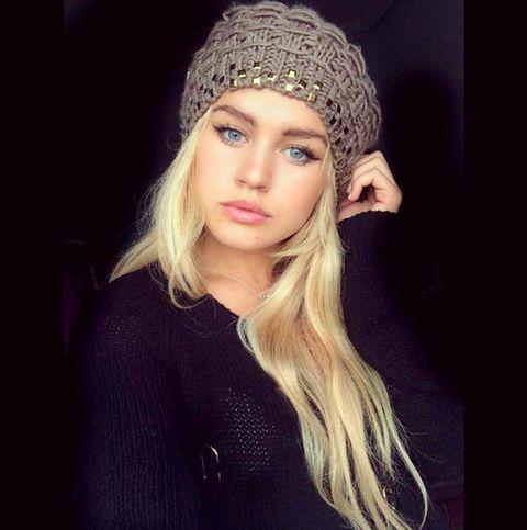 Lip, Eyebrow, Eyelash, Headgear, Cap, Fashion, Winter, Beauty, Beanie, Street fashion,