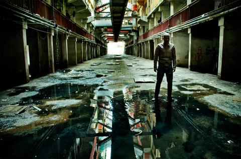 Alley, Symmetry, Digital compositing, Reflection, Arcade,