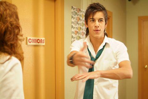 Finger, Hairstyle, Sleeve, Shoulder, Elbow, Wrist, Joint, Collar, Standing, Door,