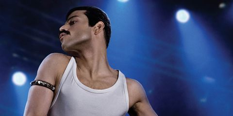 Performance, Muscle, Performing arts, Arm, Barechested, Human body, Chest, Event, Leg, Dancer,
