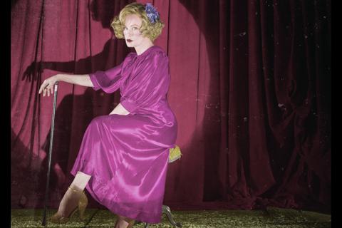 Pink, Purple, Magenta, Performance art, Textile, Fun, Performance, Performing arts, Dance, Costume,