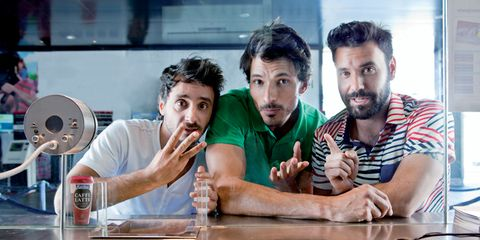 Facial hair, Table, Beard, Moustache, Indoor games and sports, Mechanical fan, Games, Barware, Bottle, Tabletop game,