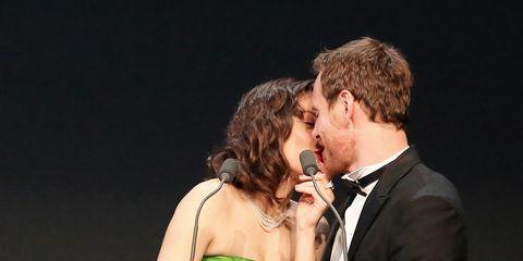 Microphone, Suit, Dress, Coat, Formal wear, Interaction, Song, Tie, Love, Romance,