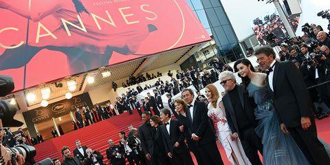 Red carpet, Carpet, Premiere, Flooring, Red, Event, Crowd,