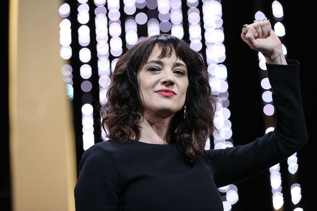 Asia Argento fue la imagen icónica de una (casi) irreprochable gala de clausura: Viva Asia, viva Kore-Eda y viva Cannes