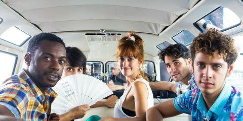 Transport, Fun, Room, Vehicle, Public transport, Passenger, Leisure, Smile, Team, Student,