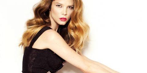 Lip, Hairstyle, Sleeve, Shoulder, Joint, Fashion model, Elbow, Style, Dress, Eyelash,