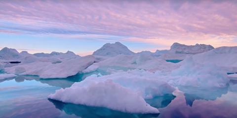 Iceberg, Polar ice cap, Ice, Arctic ocean, Arctic, Nature, Sea ice, Sky, Ice cap, Glacial lake,